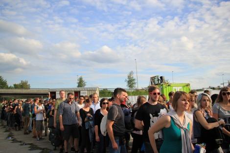 Zürich Openair Festivalreport I: Donnerstag 28.08.2014 Sonnenschein und ein Interview mit Flume