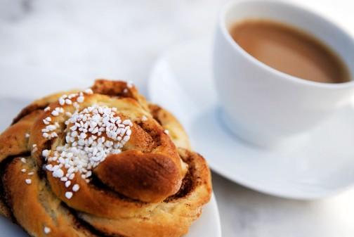 http://ibsweek.se/wp-content/uploads/2013/02/kanelbulle-m-kaffe.jpg